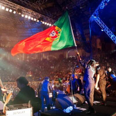 2012_RST CP 2012 Bandeira e publico